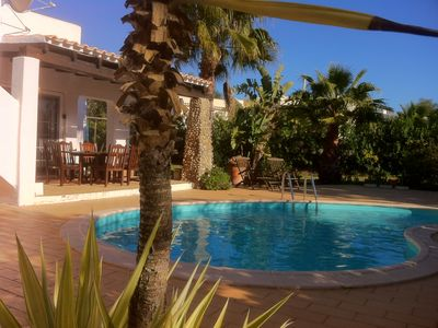 Luxury  villa with pool -  close to beaches, restaurants and country club.