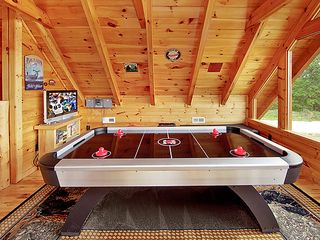 Pigeon Forge cabin photo - Air hokey table with Xbox 360 game area for kids includes games and videos
