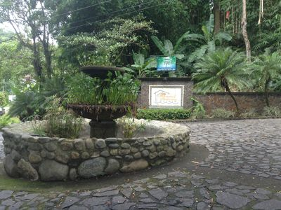 Entrance from the road which connects Quepos to Manuel Antonio National Park