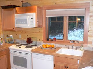 McKenzie Bridge cabin photo - Kitchen