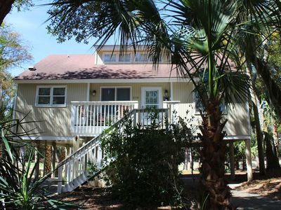 510 Tarpon Pond - 4 bedrooms, sleeps 8, great golf course views!