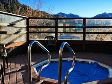 Another Jacuzzi on the Property at The Heidelberg Inn