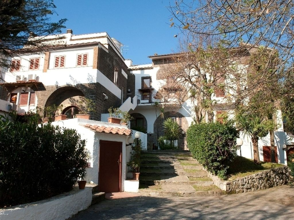 Residence in massa lubrense with 1 bedrooms vrbo - Dive residence massa lubrense ...