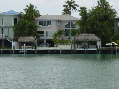 75' of deep water dockage and great snorkeling and fishing