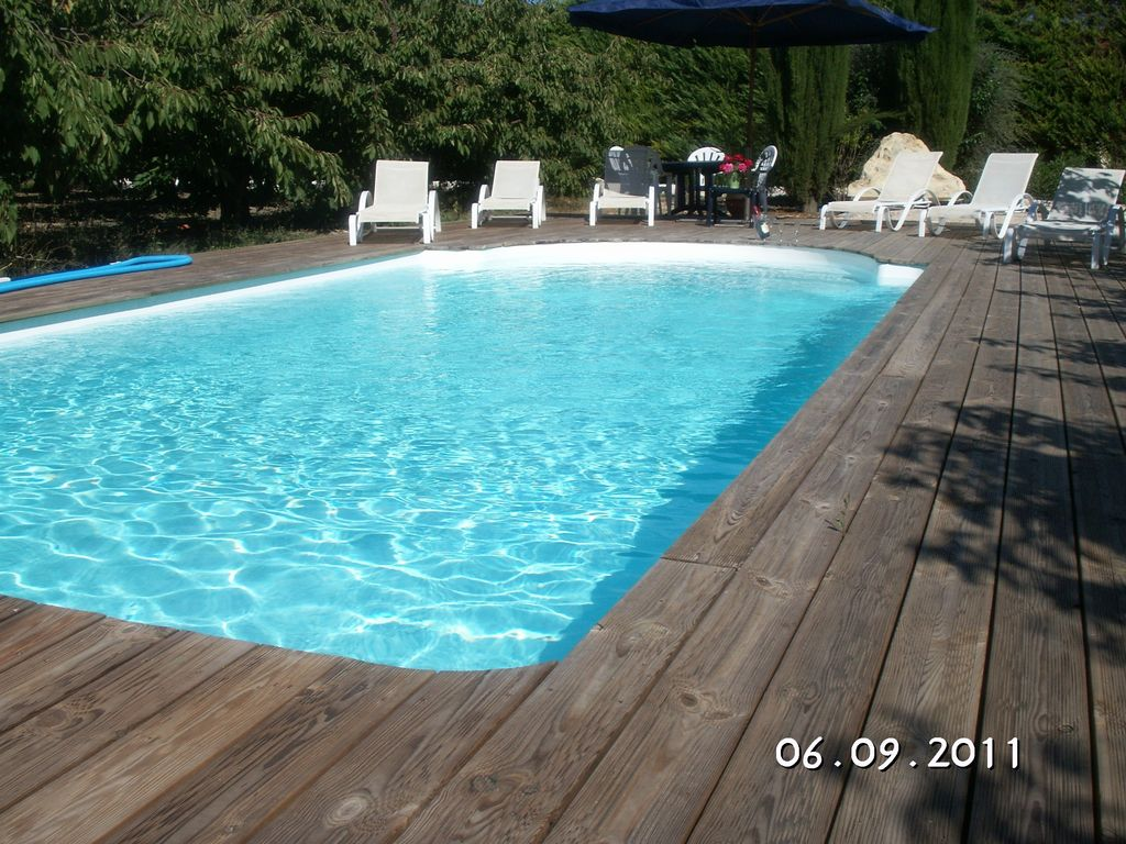 Check for Piscine 24 pieds