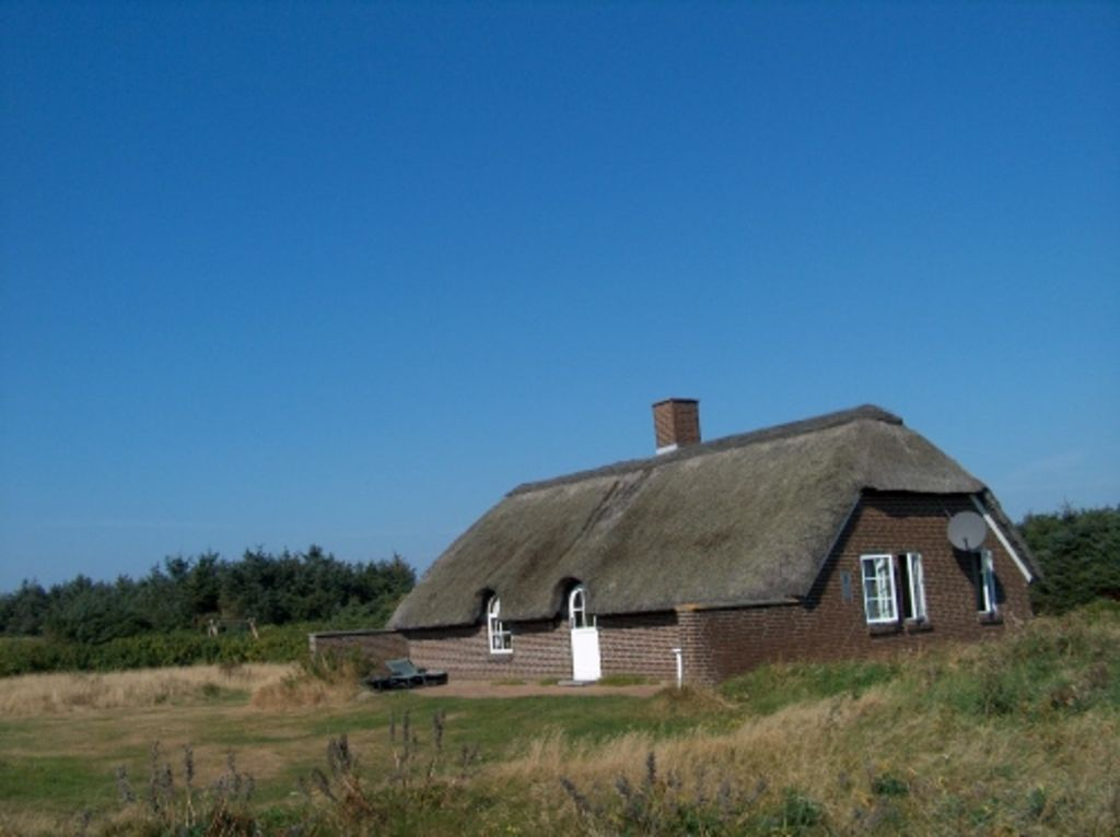 Holiday house in Vedersø Klit. Rent directly with the owner and save 15%