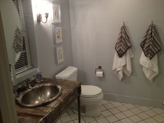 Pasadena studio photo - Bathroom.