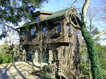 Beaver Lake cabin rental - Winterwood - A Three Story Lakeside Cottage Perched on the Side of a Mountain.