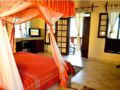 Beach Villa Rental In Diani With Private Beach-family Friendly