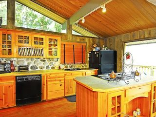 Gold Bar cabin photo - Prepare a home-cooked meal in the full kitchen