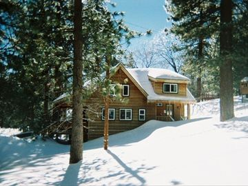 Green Valley Lake cabin rental - It snowed AGAIN !!! ...Hey, how do we get inside without stairs ??