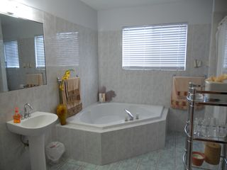 Great Exuma villa photo - Master Bathroom
