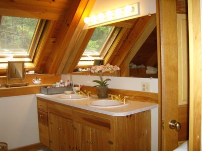 Master Bath with tub and shower Acadia Coastal Maine Vacation Home