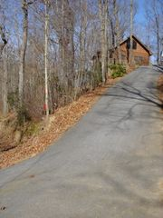 Blue Ridge cabin photo - All Paved Access- Roads Up the Mountain & Driveway
