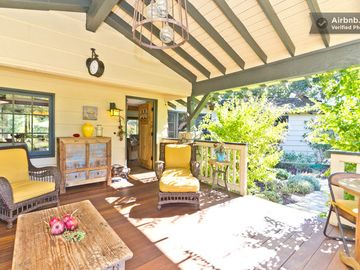 Ojai estate rental - A warm welcome to The Apple House and Cottage