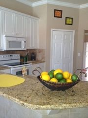 Cape Coral villa photo - Kitchen