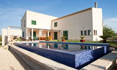 Finca with pool in stunning resting and open location