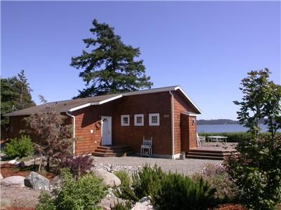 Oak Harbor house rental - Beautiful Waterfront Beach Cabin on Penn Cove with great VIEWS, Whidbey Island.