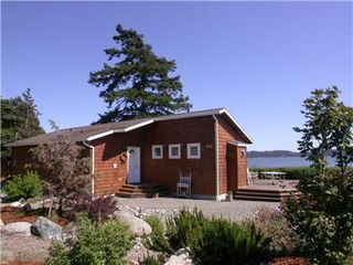 Oak Harbor house photo - Beautiful Waterfront Beach Cabin on Penn Cove with great VIEWS, Whidbey Island.