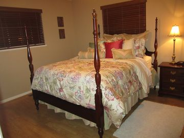 Upstairs Queen Bed