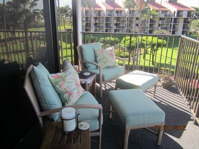 Very comfortable Lanai Furniture (2012) to watch the whales, beach and park!