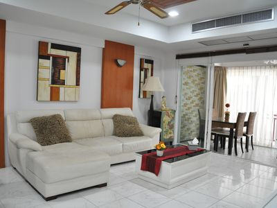 FLAT 100m2, 4 PERS PATONG CENTER, NEAR THE SEA ON ISLAND PHUKE