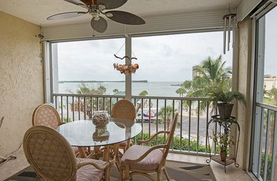 Magnificent Gulf Views At Exclusive Eagle Cay