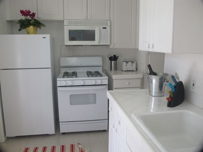 Brand New Kitchen with dishwasher