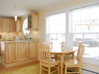 Portland condo photo - Promenade Place--Dining Area (Model)