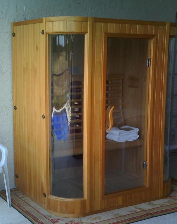 A 3 person infrared heat SAUNA!