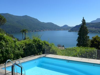Villa with breathtaking views of Lake Lugano and the surrounding mountains