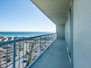 Pensacola Beach condo photo