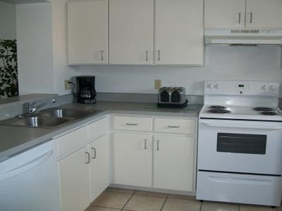 Indian Wells house rental - Dishwaher, coffee maker, toaster.