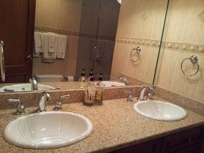 Cupecoy condo rental - Master Bathroom!