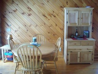 Lake Algonquin - Wells cottage photo - Dining Area with Hutch