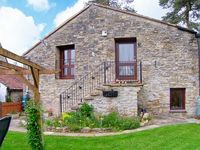 THE BARNS, pet friendly, with open fire in Wedmore, Ref 29846