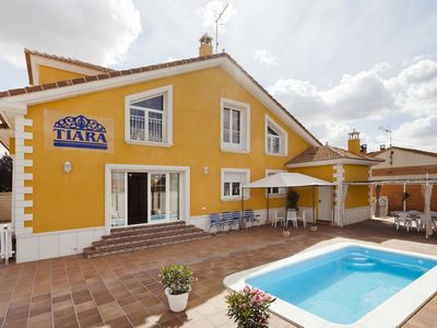 House with 6 rooms in Nava de la Asunción, with private pool, terrace, enclosed garden and WiFi