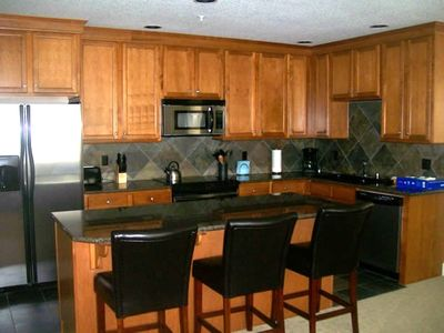 State of the art kitchens, slap granite countertops !