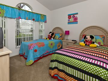 Disney twin bedroom with Internet access