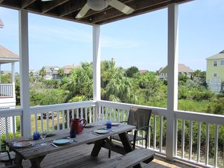 Harbor Island house photo - Enjoy casual meals al fresco on the large porch off of the living/dining area