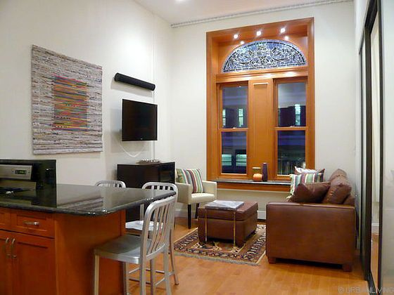 Luxury Fully Furnished 1 Bedroom Apartment In Vrbo