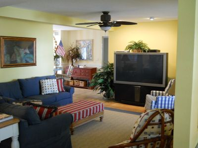 Family Room w/ Big Screen TV