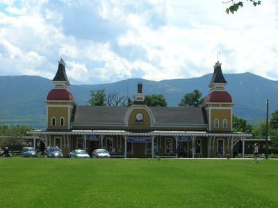Train station in North Conway has scenic rides