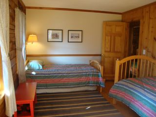 Bridgewater Corners cabin photo - Twin bedroom