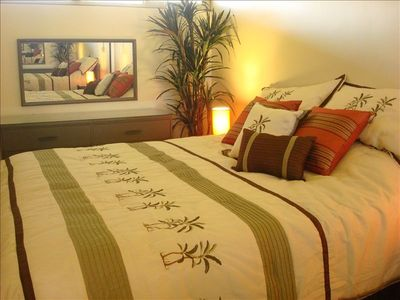 Bedroom with Cal King Bed, 500ct sheets & feather pillows-comfy&romantic