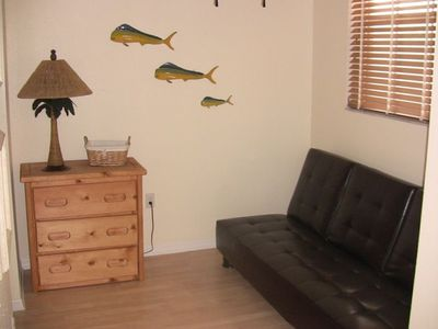 Islamorada condo rental - Sitting Area With Fold Down Futon for 3rd Bedroom