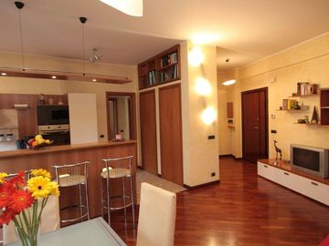Monte Verde apartment rental - entry and kitchen