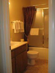 Hot Springs Village house photo - Guest Bathroom