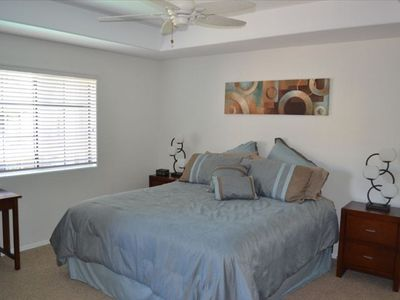 Paradise Valley condo rental - Master Bedroom with California King Bed