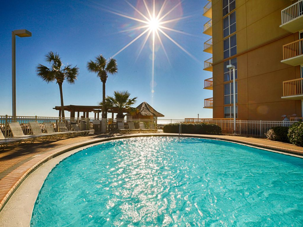 Gulf front condo best resort in destin at vrbo for 9 bedroom rental destin florida